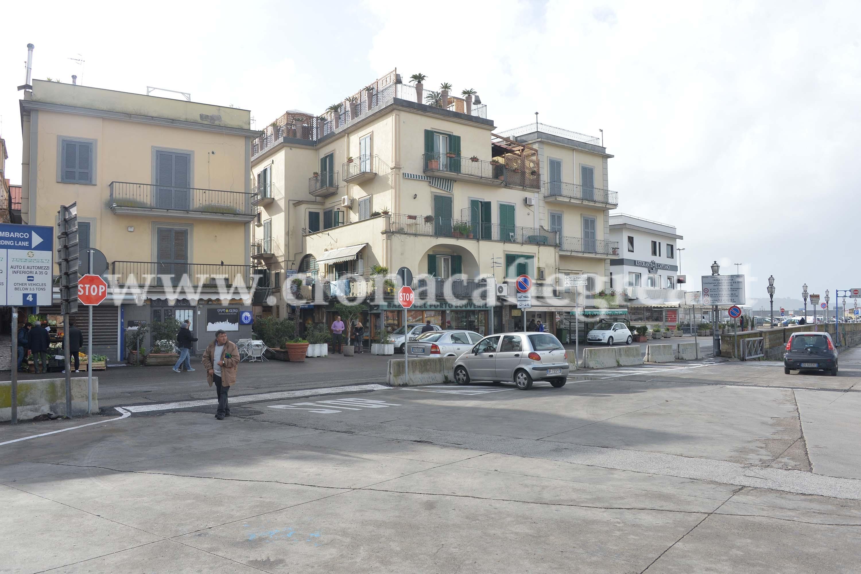 nuovo varco sul porto di Pozzuoli (1)