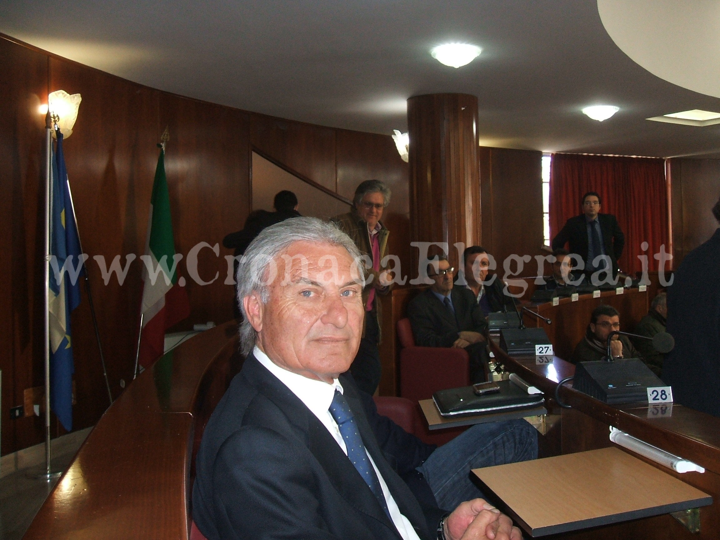 Mario Consigliere Carlo Morto L'ex Quarto Comunale Giaccio E' roCxeWdBQ