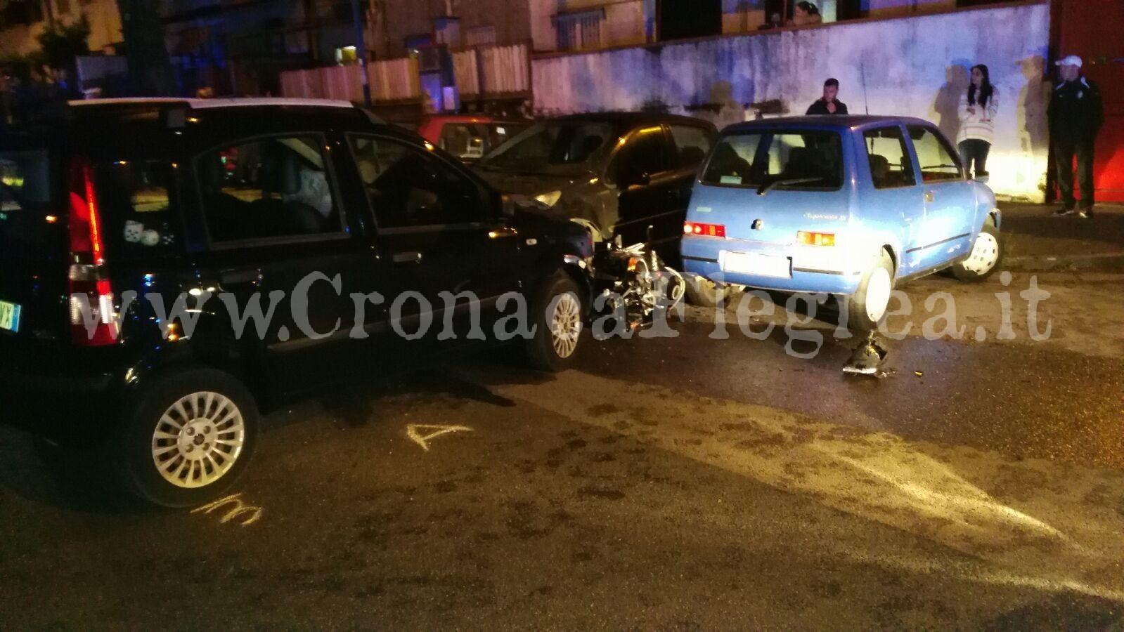 Schianto frontale tra auto e moto a Napoli : Muore centauro 21enne